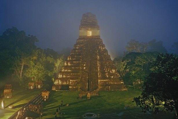 The Maya: Glory and Ruin Saga of a civilization in three parts ...