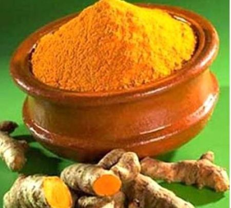 Curcumin-a-chemical-found-in-curry-is-to-be-tested-for-its-ability-to-kill-bowel-cancer-tumors-in-patients