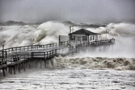 caa80178-ba71-44fd-b59c-e2dcc073c2f1_Hurricane-Sandy-Ocean-Grove-Pier-2-