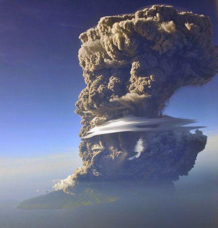 volcano_indonesia