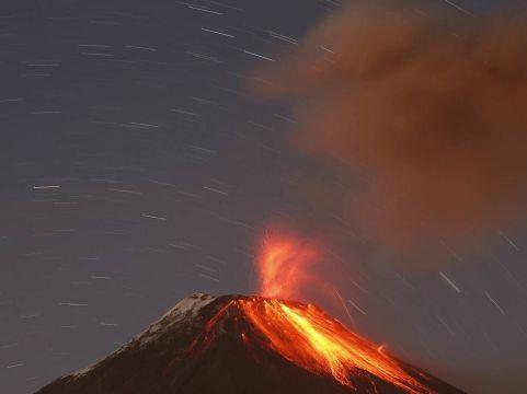 volcano_ecuador_2_v2