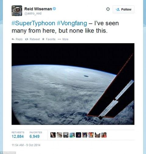 astronaut_twitter