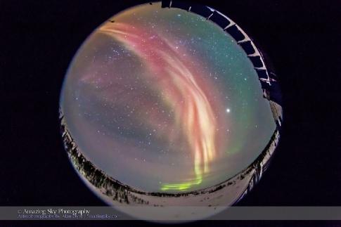 Alan-Dyer-Red-Aurora-Feb-14-2015