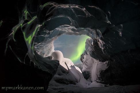 Mika-Pekka-Markkanen-iceland_aurora5_1425180536_lg