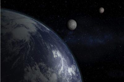 moon1-400x266